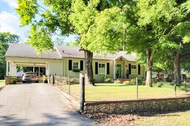 655 Water St, Courtland, AL 35618 (MLS #168094) :: MarMac Real Estate