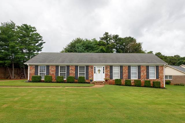 101 Creekwood Dr, Florence, AL 35630 (MLS #168380) :: MarMac Real Estate
