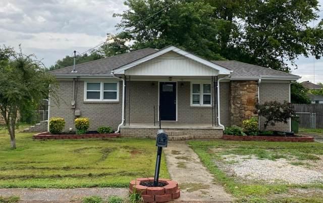 229 Lewis St, Muscle Shoals, AL 35661 (MLS #168419) :: MarMac Real Estate