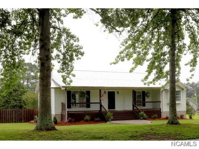 1418 SE Wisteria Dr, Cullman, AL 35055 (MLS #428016) :: MarMac Real Estate