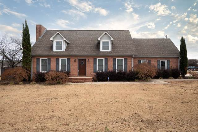 309 Madison Ave, Muscle Shoals, AL 35661 (MLS #428875) :: MarMac Real Estate