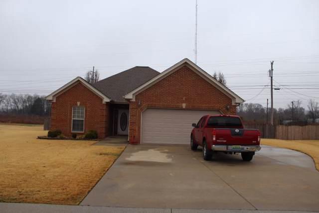 308 Meredith Dr, Muscle Shoals, AL 35661 (MLS #428907) :: MarMac Real Estate