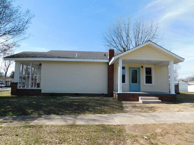 502 W Cleveland Ave, Florence, AL 35630 (MLS #429502) :: MarMac Real Estate