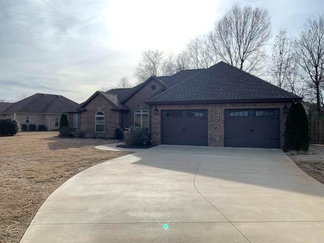 119 Tara Ct, Muscle Shoals, AL 35661 (MLS #429511) :: MarMac Real Estate