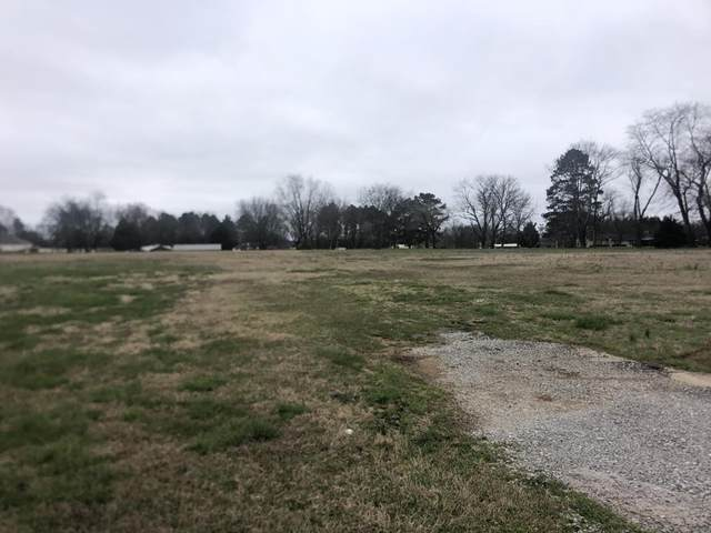 2205 6th St / Sixth St, Muscle Shoals, AL 35661 (MLS #429534) :: MarMac Real Estate