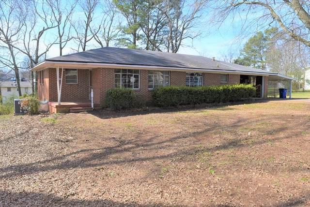 230 Prairie St S, Florence, AL 35630 (MLS #429557) :: MarMac Real Estate