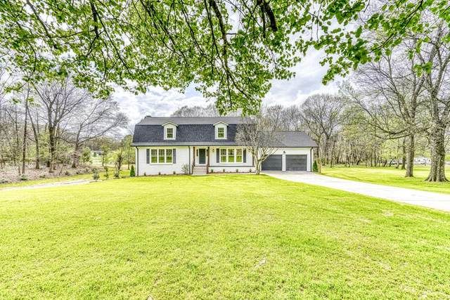 301 River Dr, Tuscumbia, AL 35674 (MLS #429927) :: MarMac Real Estate