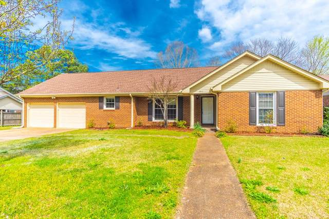 7411 Knollwood Dr, Florence, AL 35634 (MLS #429979) :: MarMac Real Estate