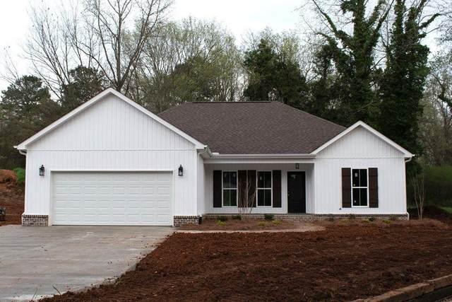 301 Stutts St, Muscle Shoals, AL 35661 (MLS #429995) :: MarMac Real Estate