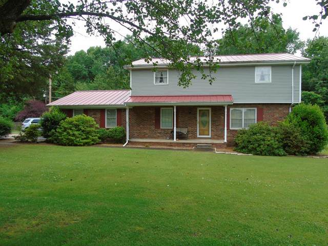 400 Maple St, Tuscumbia, AL 35674 (MLS #430535) :: MarMac Real Estate