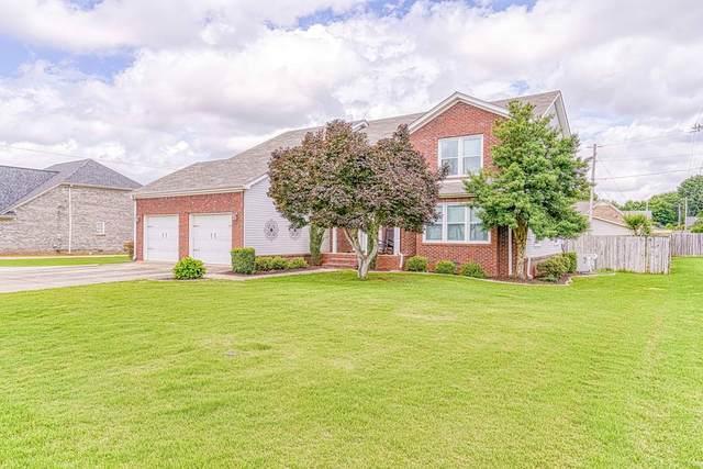 2207 Lisa Ave, Muscle Shoals, AL 35661 (MLS #430662) :: MarMac Real Estate