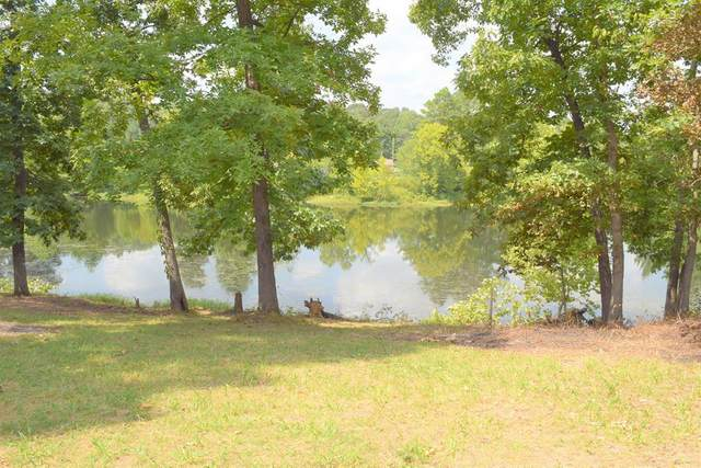 945 Lakeview Ln, Russellville, AL 35654 (MLS #430822) :: MarMac Real Estate