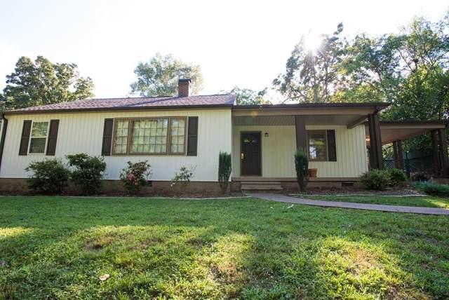 1011 Linwood, Florence, AL 35630 (MLS #431489) :: MarMac Real Estate