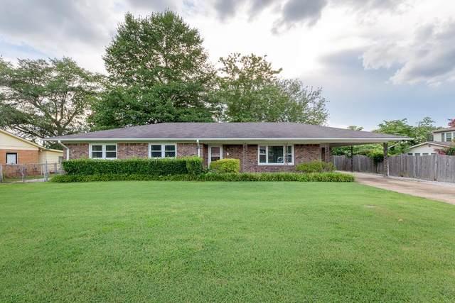 2421 Wellington St, Florence, AL 35630 (MLS #431509) :: MarMac Real Estate