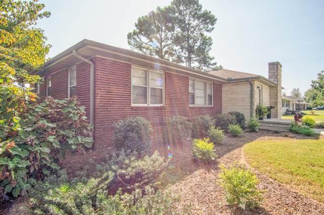 207 Edison Ave W, Muscle Shoals, AL 35661 (MLS #432092) :: MarMac Real Estate