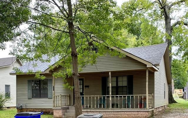 233 Royal Ave N, Florence, AL 35630 (MLS #432121) :: MarMac Real Estate