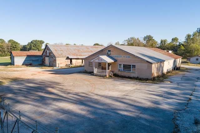1445 Old Lee Hwy, Tuscumbia, AL 35674 (MLS #432629) :: MarMac Real Estate