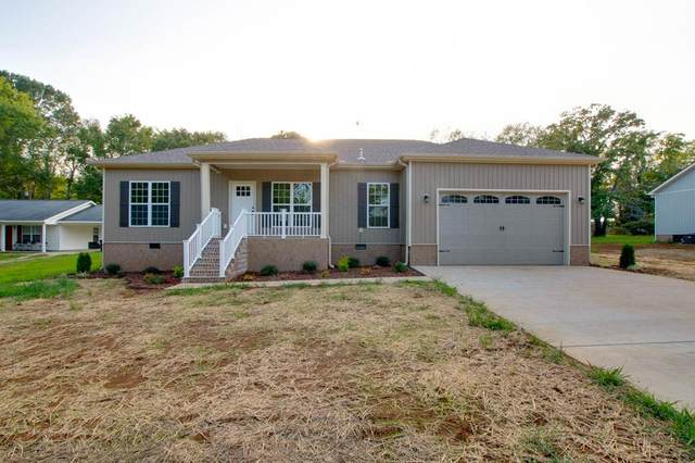 300 Spring St, Rogersville, AL 35652 (MLS #432681) :: MarMac Real Estate