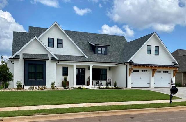 124 Ashbey Cir, Muscle Shoals, AL 35661 (MLS #433049) :: MarMac Real Estate