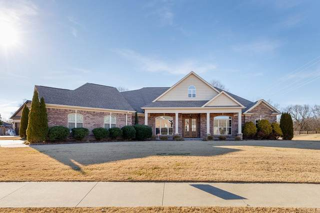 104 Shadybrook Dr, Florence, AL 35633 (MLS #433356) :: MarMac Real Estate