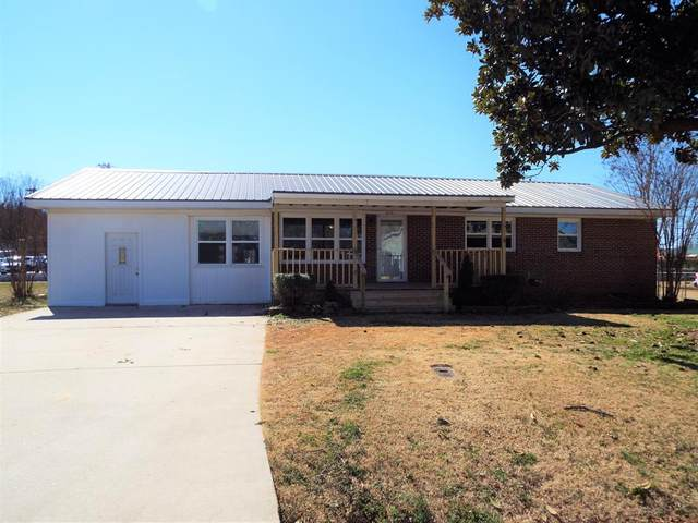 606 Candler Ave, Muscle Shoals, AL 35661 (MLS #433642) :: MarMac Real Estate