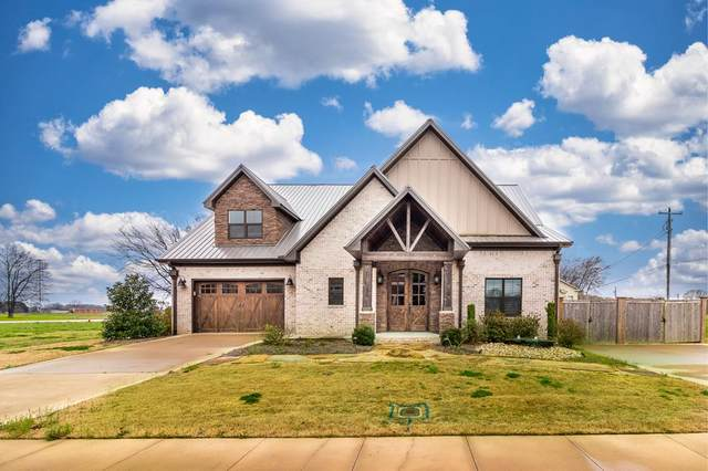 102 Kimberly Ave, Muscle Shoals, AL 35661 (MLS #433652) :: MarMac Real Estate