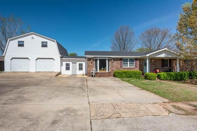 210 Washington Dr, Muscle Shoals, AL 35661 (MLS #433910) :: MarMac Real Estate