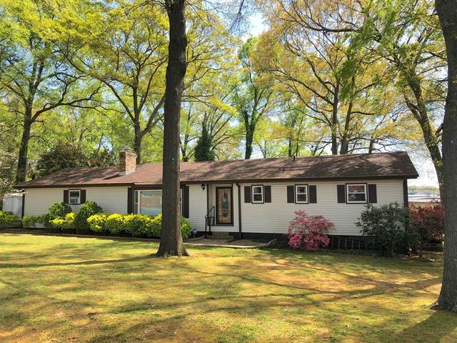 706 Grand Ave, Muscle Shoals, AL 35661 (MLS #434046) :: MarMac Real Estate