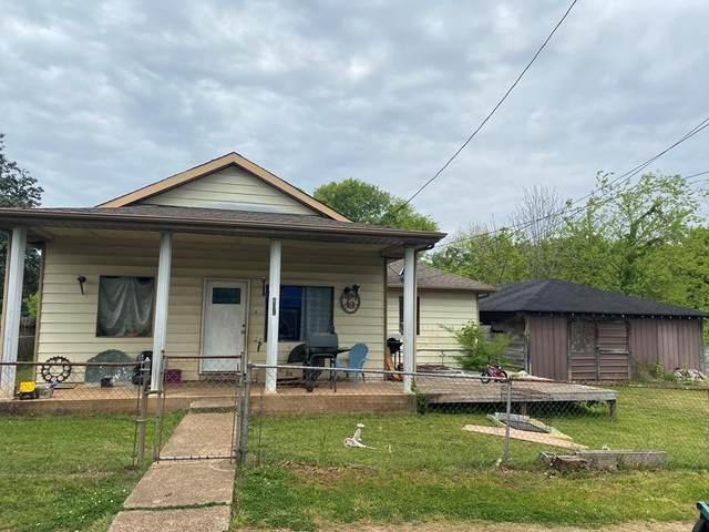 801 Milton St, Tuscumbia, AL 35674 (MLS #434258) :: MarMac Real Estate