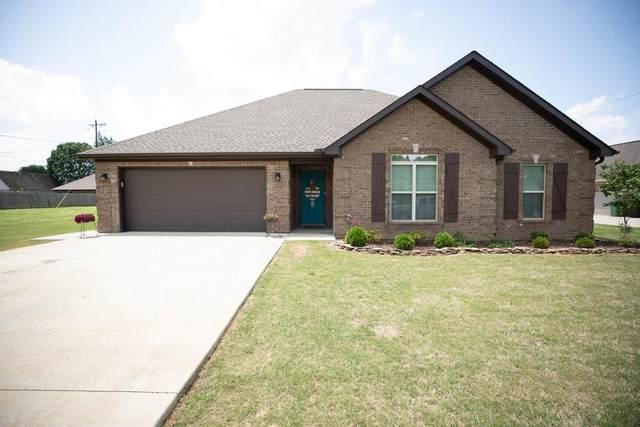 906 Division St, Muscle Shoals, AL 35661 (MLS #434398) :: MarMac Real Estate
