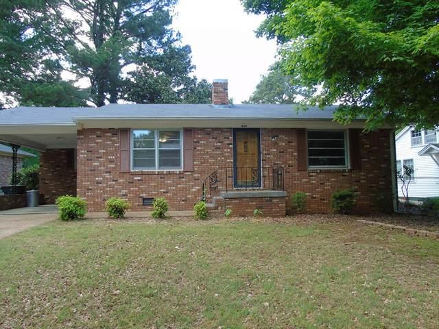 826 Alabama St, Florence, AL 35630 (MLS #434413) :: MarMac Real Estate