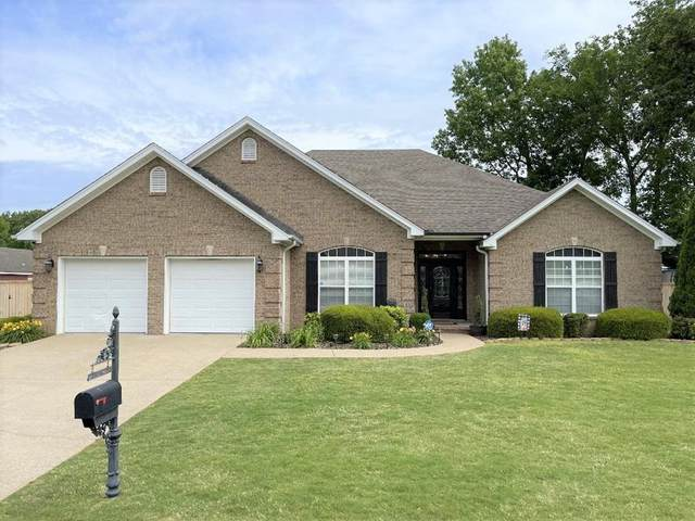 1807 Wildwood St, Muscle Shoals, AL 35661 (MLS #434477) :: MarMac Real Estate