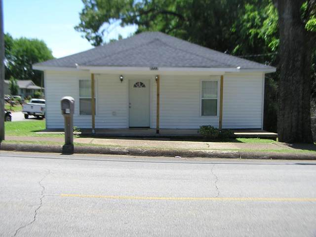 2222 Cole Ave, Florence, AL 35630 (MLS #434485) :: MarMac Real Estate