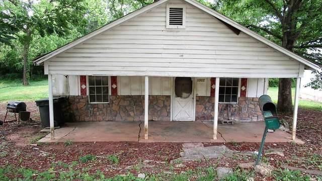 1311 Waterloo Rd, Russellville, AL 35653 (MLS #434706) :: MarMac Real Estate