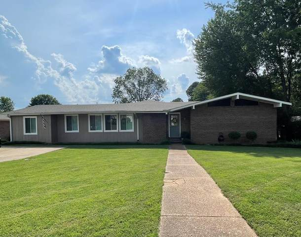 2521 Chickasaw Dr, Florence, AL 35630 (MLS #434908) :: MarMac Real Estate