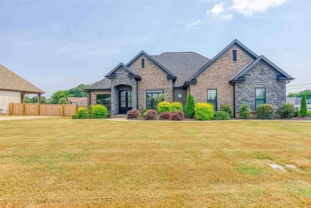 211 Grove Park Way, Tuscumbia, AL 35674 (MLS #500258) :: MarMac Real Estate