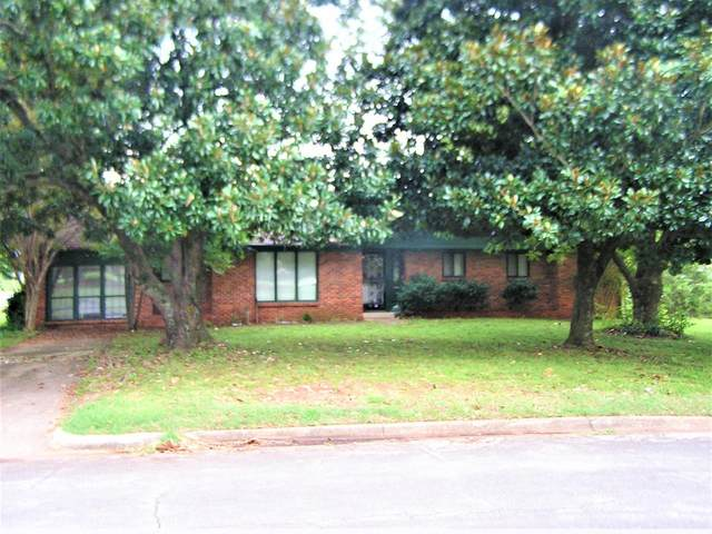 1901 Berry Ave, Florence, AL 35630 (MLS #501343) :: MarMac Real Estate