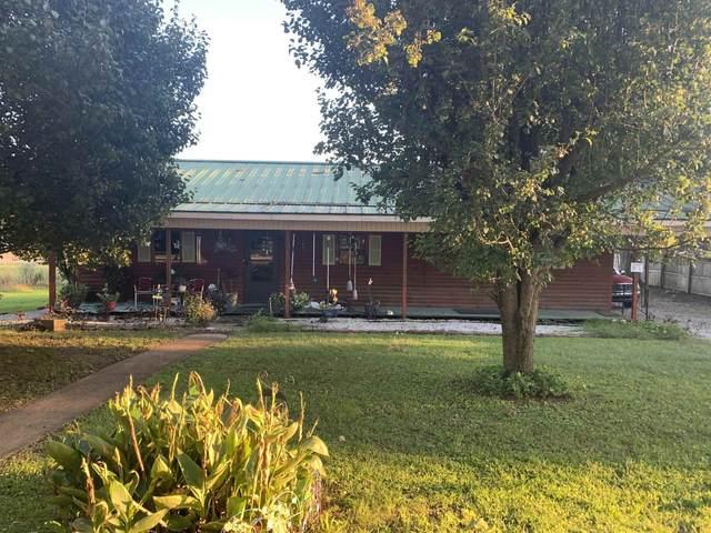 515 Crestview Cir, Tuscumbia, AL 35674 (MLS #501421) :: MarMac Real Estate