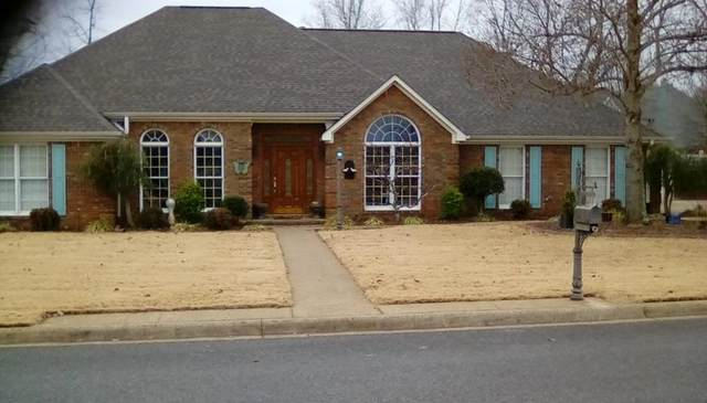 251 Maclin Cr, Tuscumbia, AL 35674 (MLS #429455) :: MarMac Real Estate