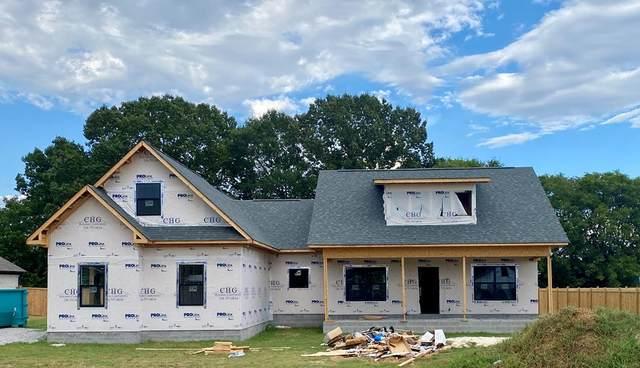 56 Valley Grove St, Tuscumbia, AL 35674 (MLS #431472) :: MarMac Real Estate