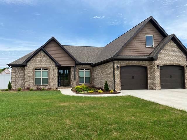 909 Lee St, Rogersville, AL 35652 (MLS #434568) :: MarMac Real Estate