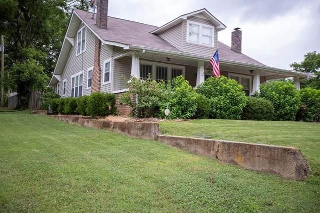 925 Prospect St, Florence, AL 35630 (MLS #434759) :: MarMac Real Estate