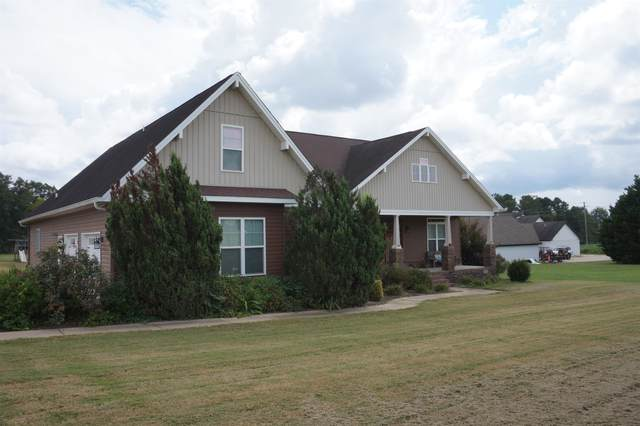 1104 Anna Dr, Tuscumbia, AL 35661 (MLS #501367) :: MarMac Real Estate