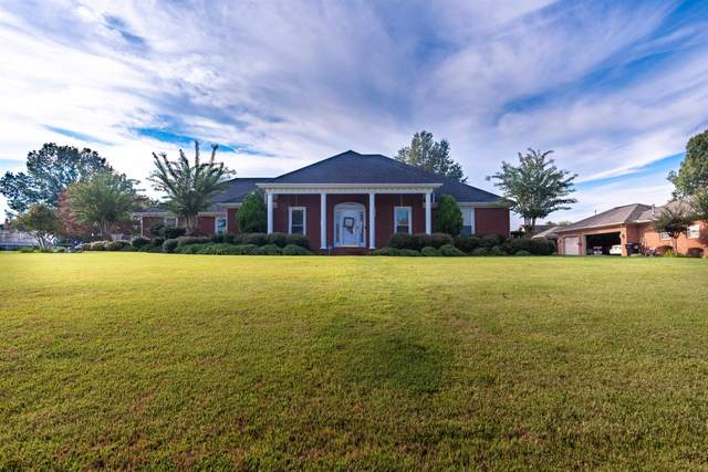 302 Kimberly Ave, Muscle Shoals, AL 35661 (MLS #501750) :: MarMac Real Estate