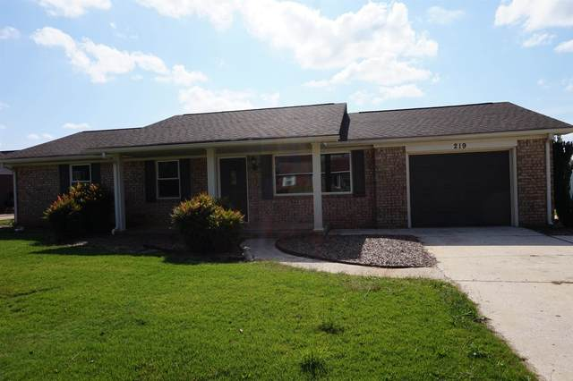 219 Wisconsin Ave, Muscle Shoals, AL 35661 (MLS #501754) :: MarMac Real Estate
