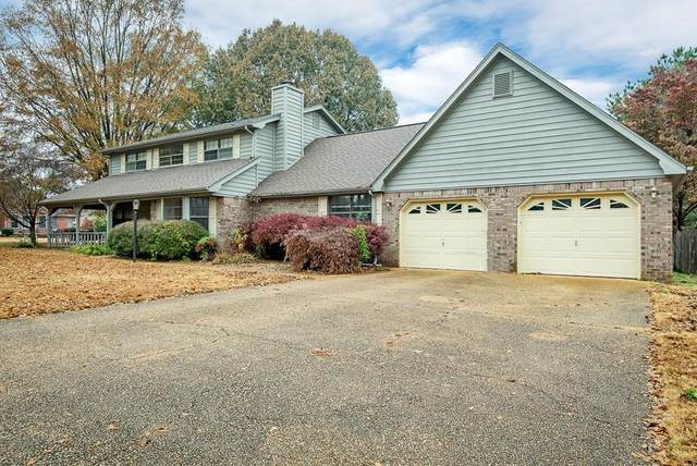 915 Midland Ave, Muscle Shoals, AL 35661 (MLS #428745) :: MarMac Real Estate