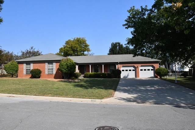 120 Oakview, Florence, AL 35633 (MLS #432213) :: MarMac Real Estate