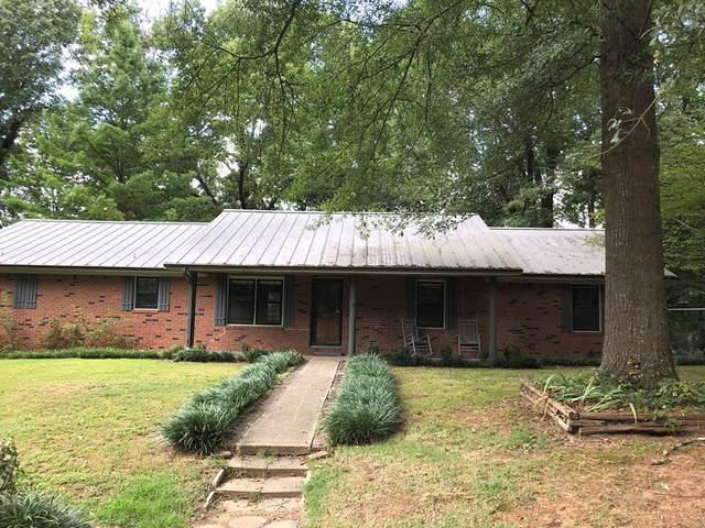 1085 Tennessee Ave, Tuscumbia, AL 35674 (MLS #427581) :: MarMac Real Estate
