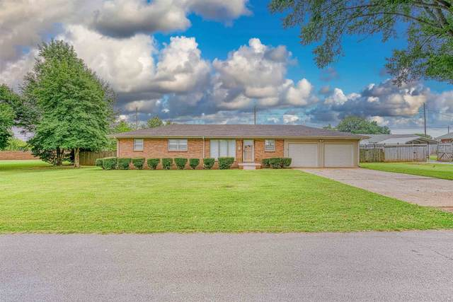 202 W Ford Ave, Muscle Shoals, AL 35661 (MLS #501314) :: MarMac Real Estate