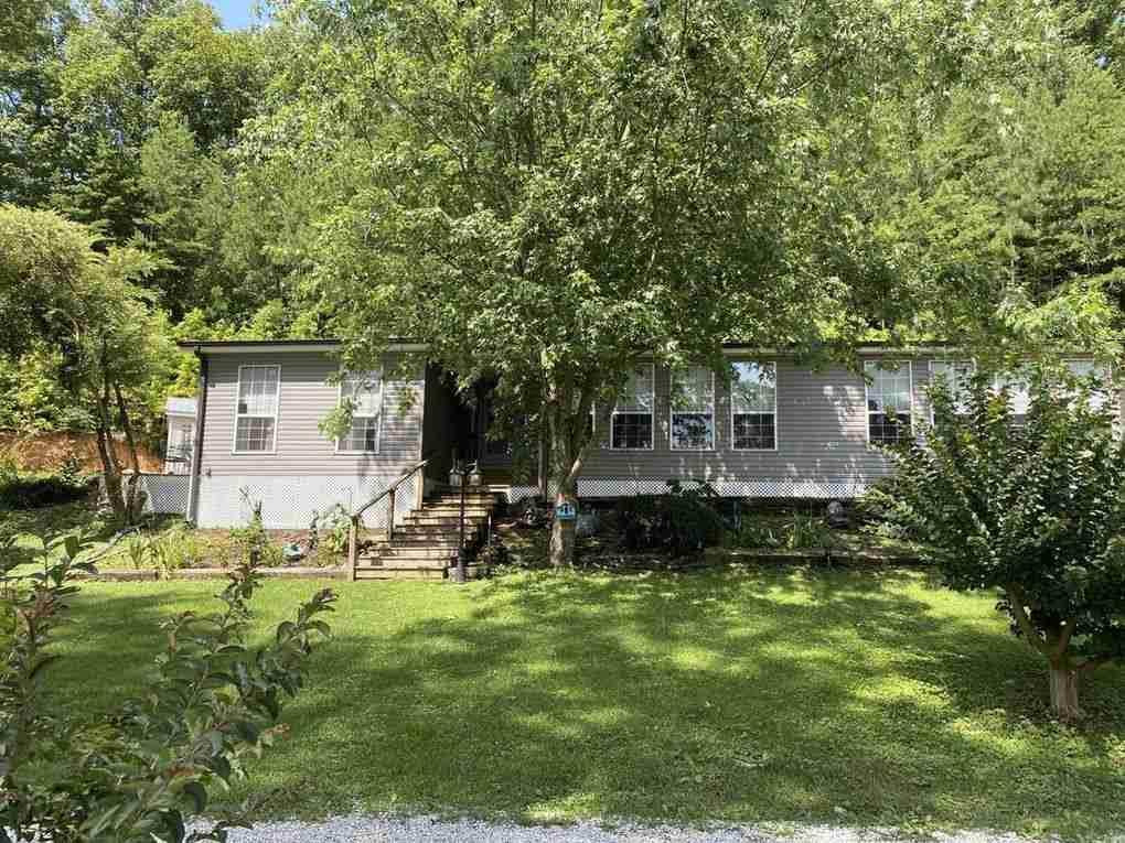 385 Bear Creek Dr - Photo 1